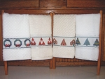 Christmas Fingertip Towels - (Cross Stitch)