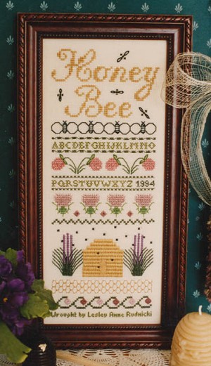 Honey Bee - (Cross Stitch)