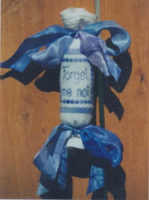 Forget Me Not Needle Roll - (Cross Stitch)