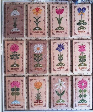 Un Anno in Fiore (A Year in Flowers) - (Cross Stitch)